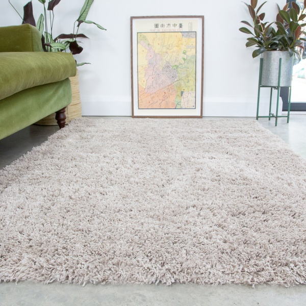 Super Soft Luxury Beige Shaggy Rug - Aspen
