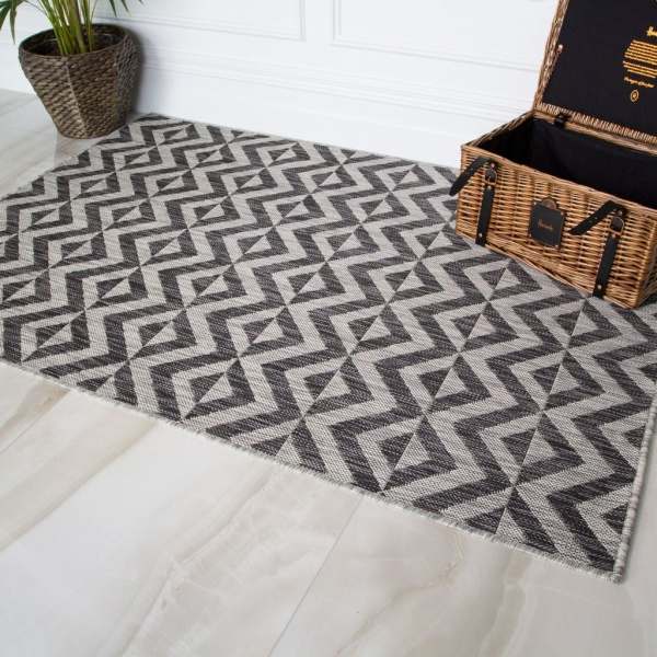 Charcoal Geometric Outdoor Rug- Habitat
