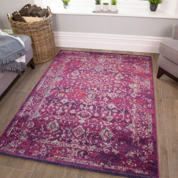Distressed Traditional Rug - Vivid