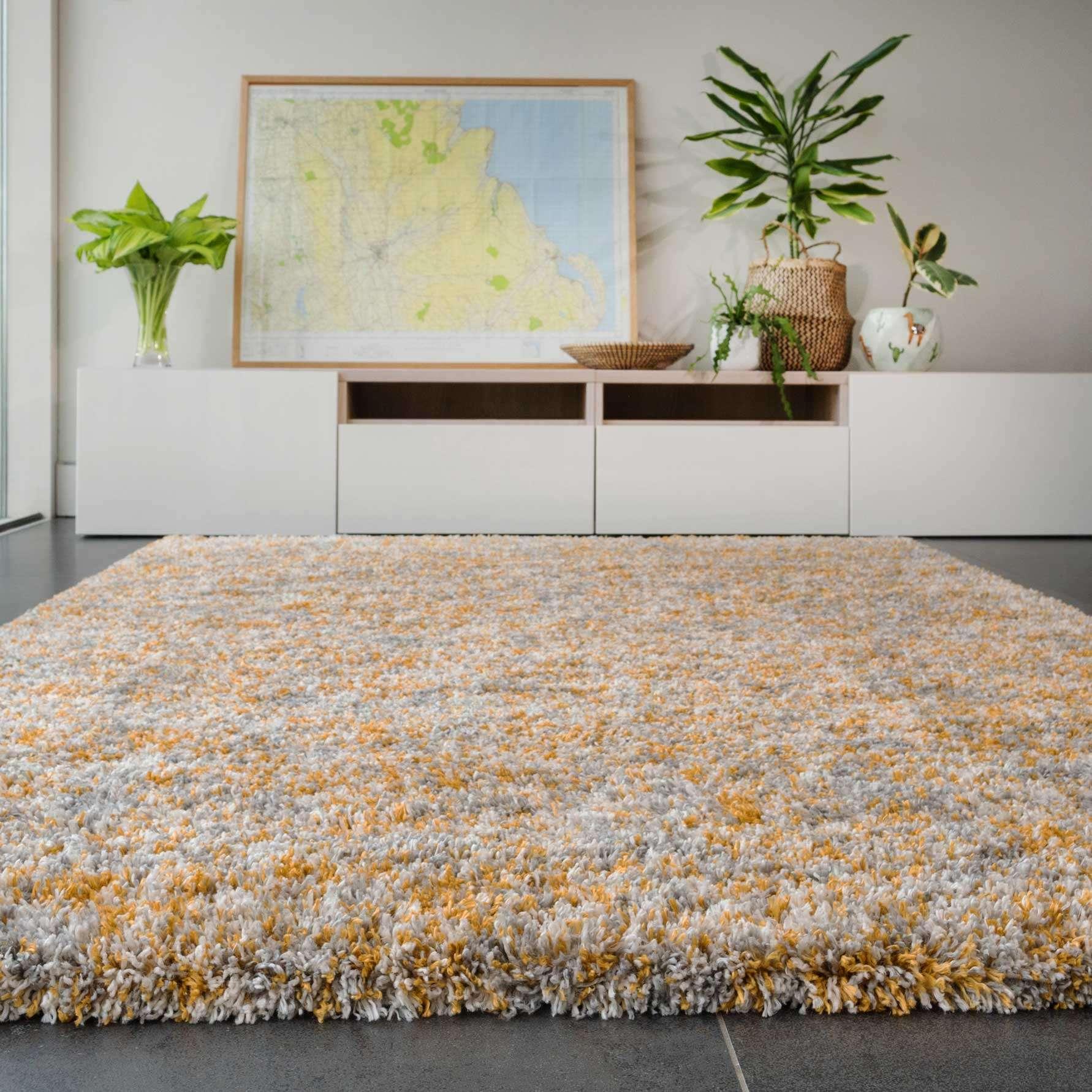 Soft Mottled Gold Grey Shaggy Area Rug | Camberley