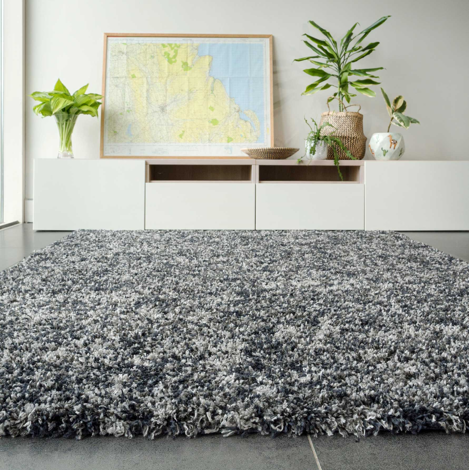 Soft Mottled Grey Shaggy Area Rug | Camberley